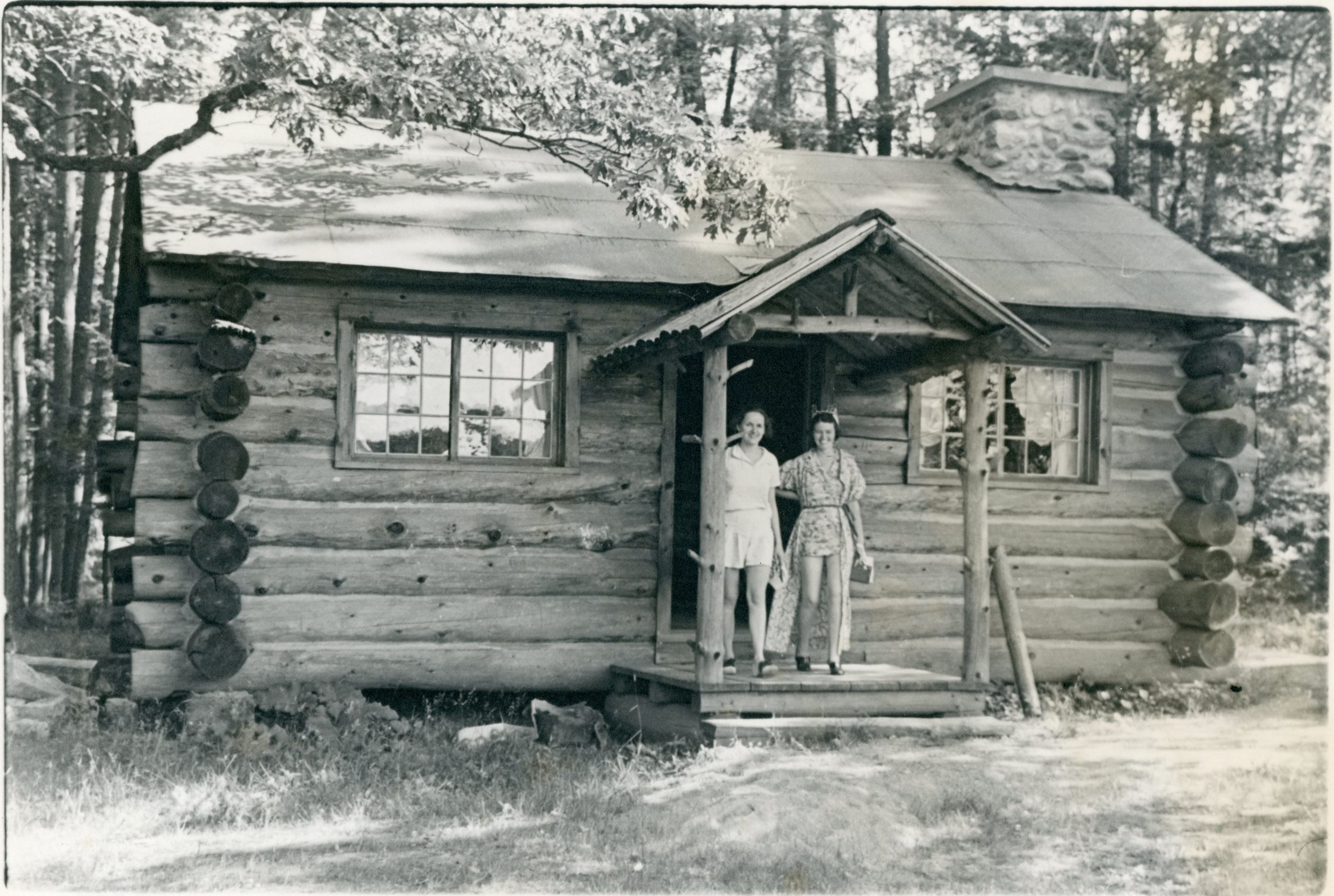 Image of tuberculosis hosptial patients at log cabin, Murray Hill
